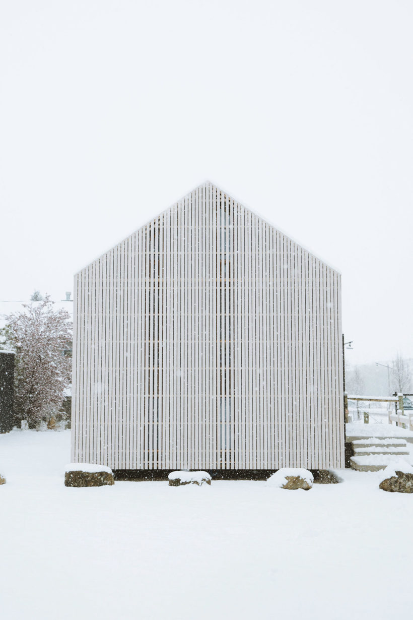 Abodos Cardrona Cabin the chapel to craft wins NZIA Small Projects Architecture Award Abodo Wood 3