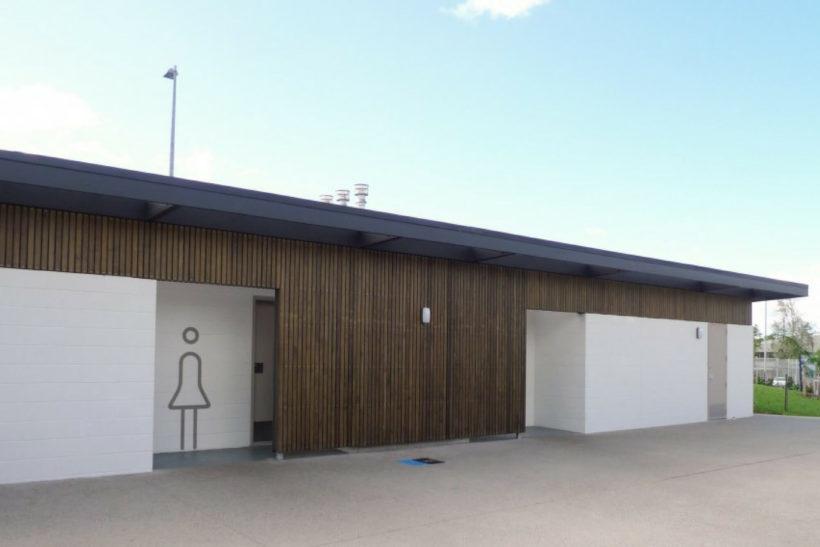 Moana-Nui-a Kiwa Leisure Centre - Sand Screening - Abodo Wood