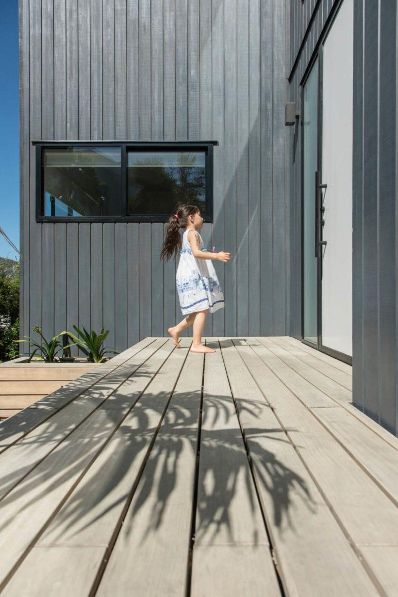 Takitimu House - Vulcan Cladding & Sand Decking - Abodo Wood