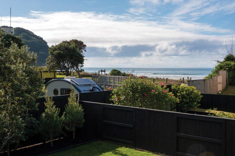 Waihi Beach House Vulcan Decking and Rhombus Clip Abodo Wood 9