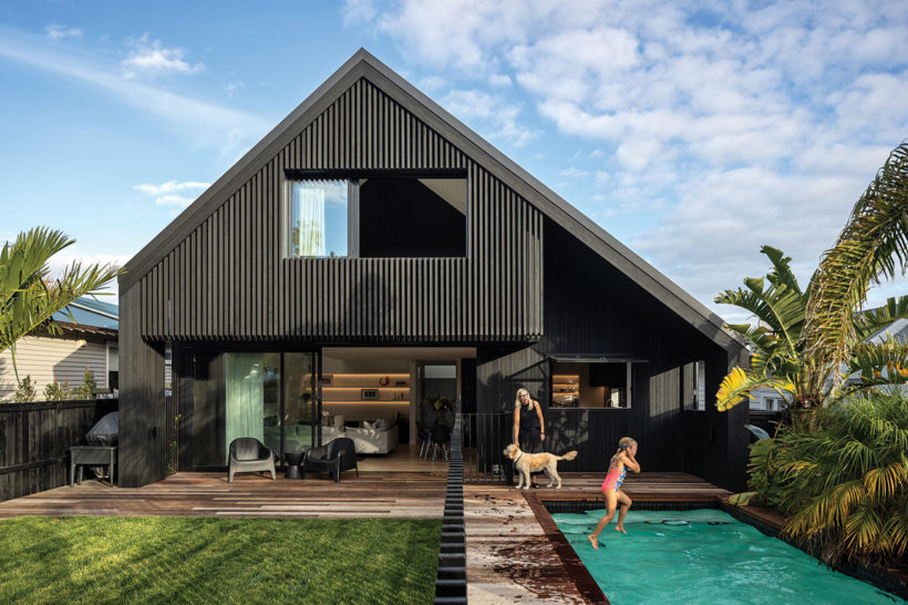 Westmere House Vulcan Cladding and Vulcan Screening Abodo Wood 6